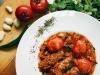 Кебаб из ягненка – топленный с сочными бакинскими помидорами, луком и ароматной зеленью